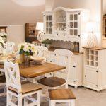 biały kredens kuchenny drewno postarzane
