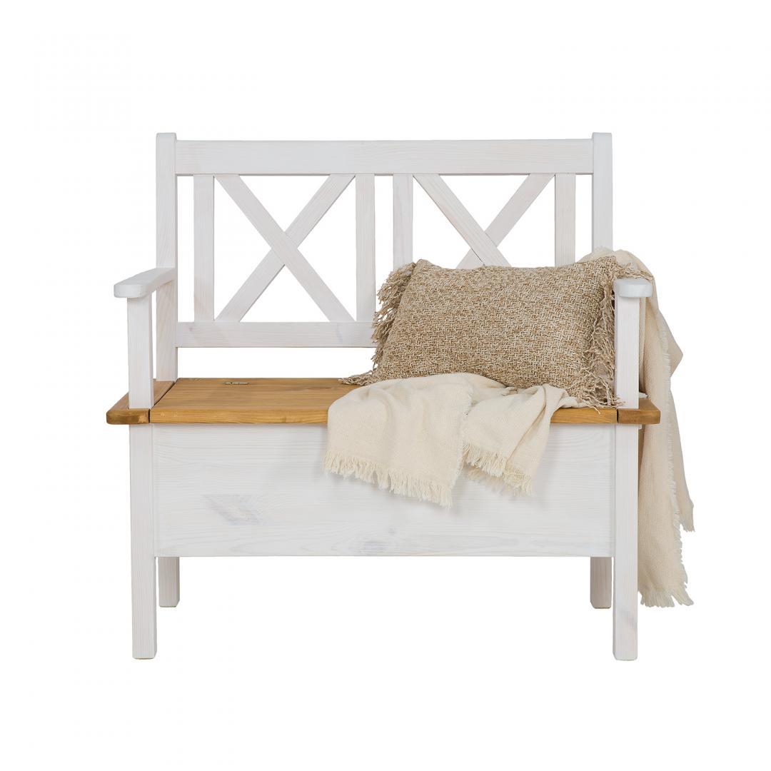 ławka w kolorze białego wosku