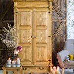 drewniana szafa sosnowa na wymiar