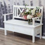 drewniana ławka woskowana w kolorze biala patyna
