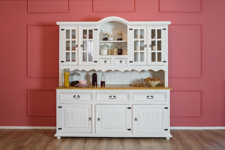 biały kredens drewniany do kuchni styl prowansalski