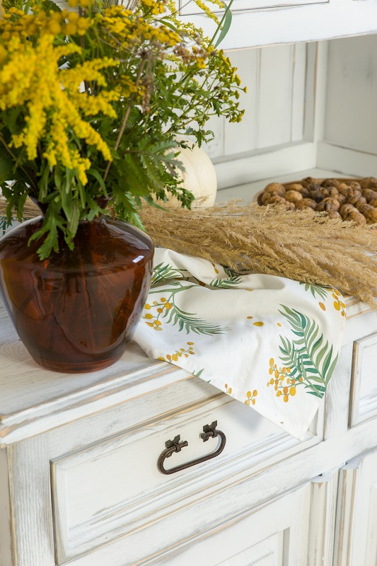 woskowany drewniany kredens vit 11