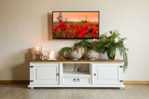 rustykalna szafka pod telewizor z drewna