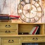 drewniane meble woskowane do biura