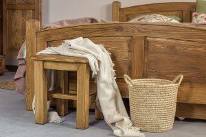 taboret drewniany woskowany