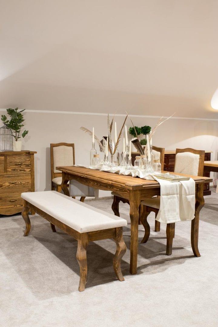 tapicerowana ławka do salonu