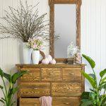 lustro do przedpokoju w drewnianej ramie