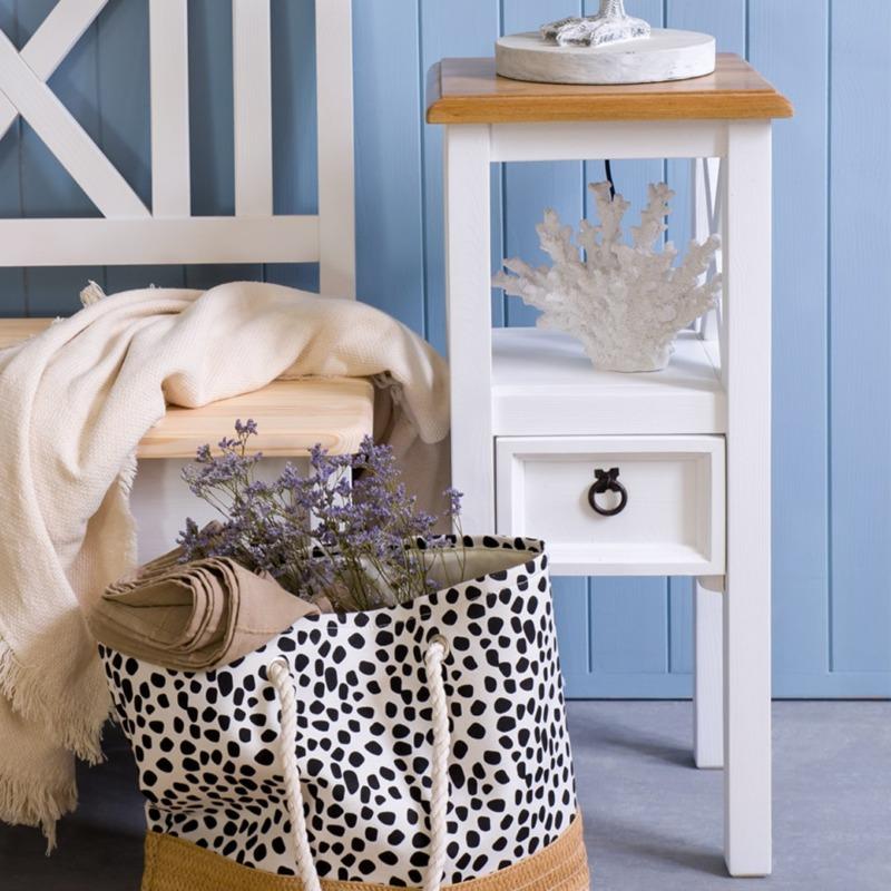 drewniany stolik kwietnik do przedpokoju