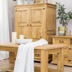 drewniana-bielizniarka-do-pokoju-retro