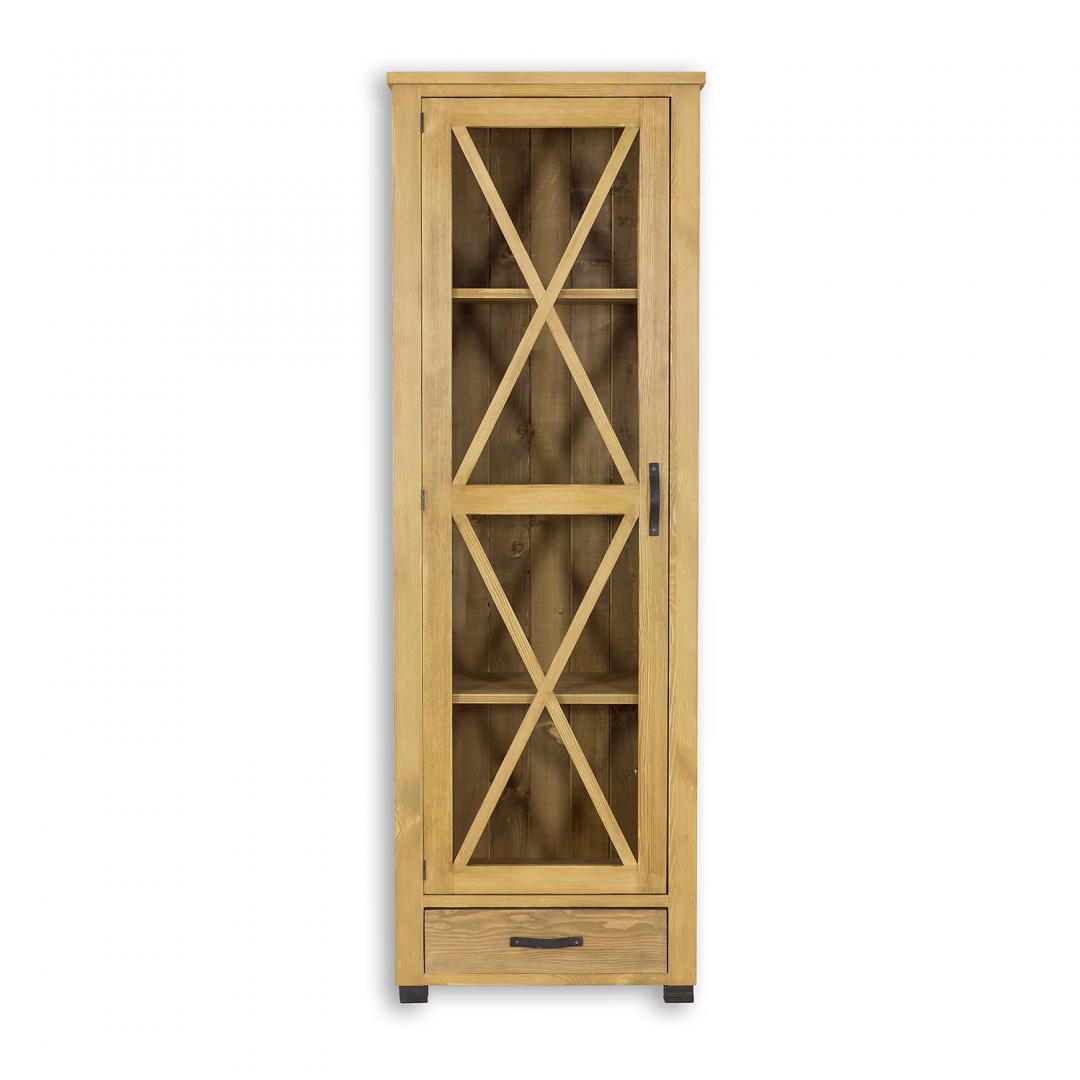 drewniana witryna przeszklona do salonu