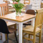drewniane stoliki kuchenne woskowane