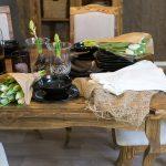 drewniany stół sosnowy strukturyzowany