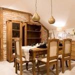 meble z drewna do jadalni strukturyzowane