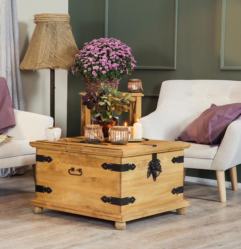 rustykalna skrzynia drewniana stolik do salonu