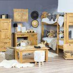 rustykalne meble drewniane do pokoju dziecka