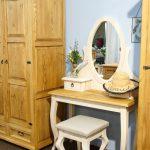 toaletka z drewna litego woskowana