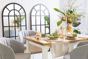 woskowny stół drewniany