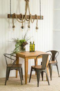 drewniany stół sosnowy