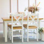 zestaw drewniany stół kuchenny z krzesłami