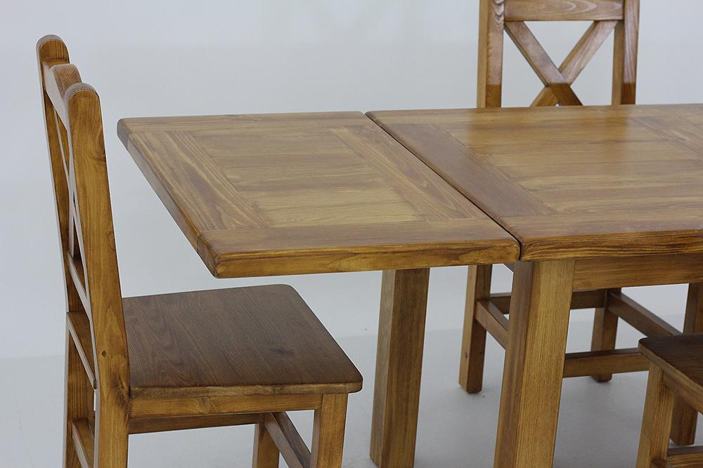 rozkładany stół z krzesłami do salonu woskowany