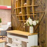 Drewniana półka z drewna litego