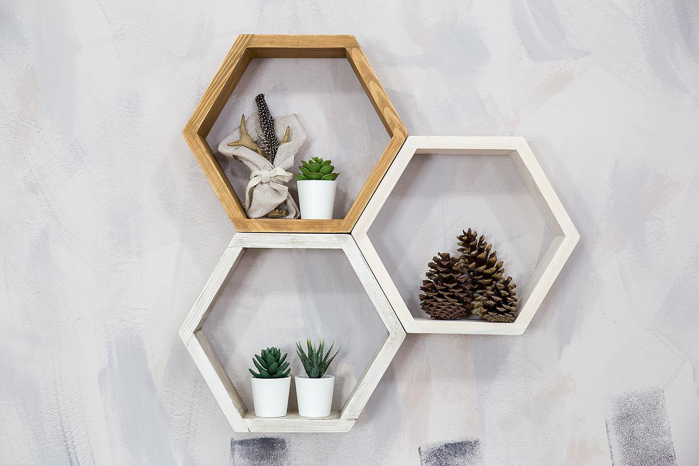 półka wisząca sześcian z drewna