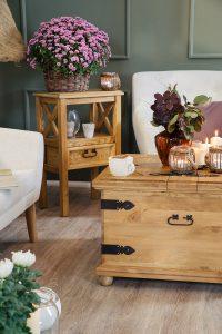drewniany kwietnik sosnowy