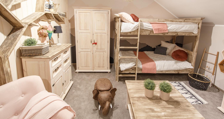 Piękne piętrowe łóżko do pokoju dziecka