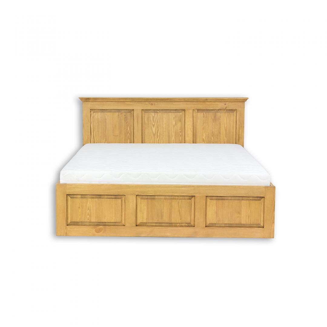 drewniane łóżko podwójne