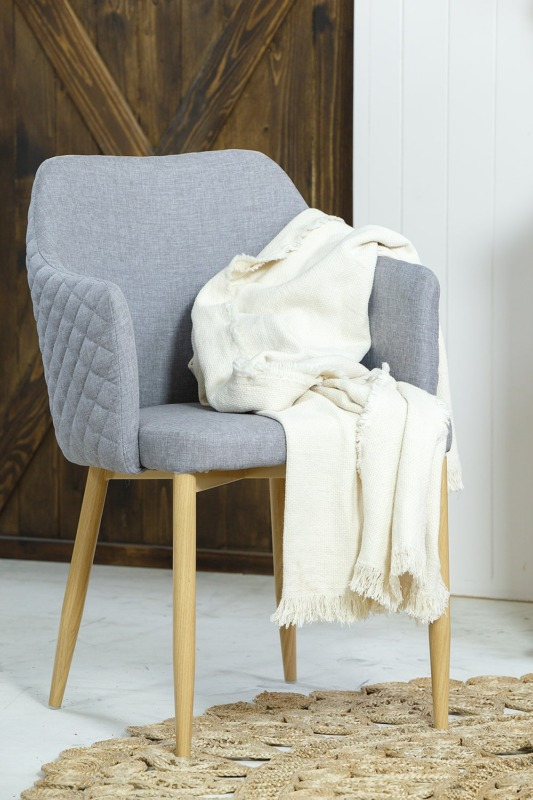 szary fotel krzeslo moria