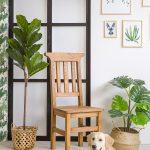 drewniane krzesło kuchenne z litego drewna