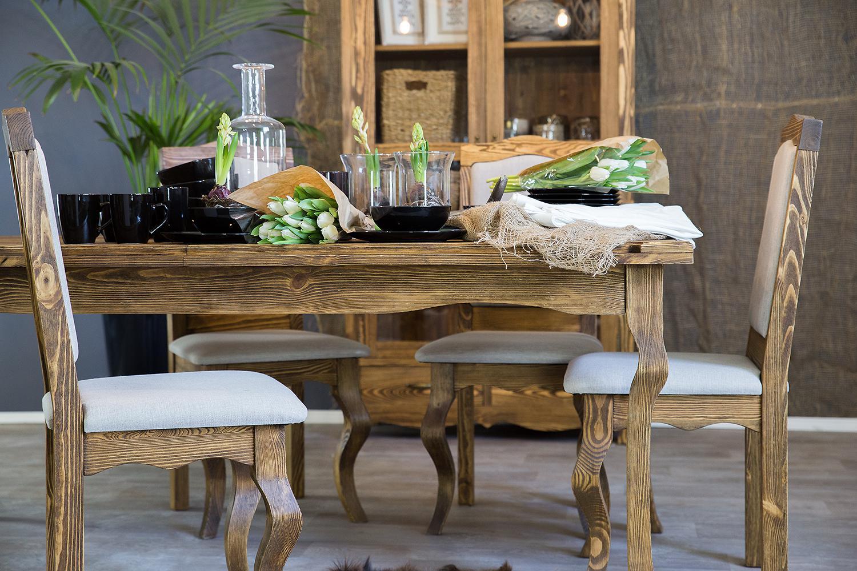 stół do jadalni z krzesłami