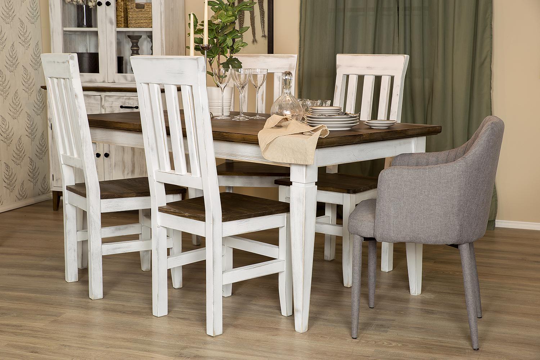 krzesła i stół do jadalni w stylu skandynawskim