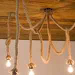 rustykalna lampa sznur pająk