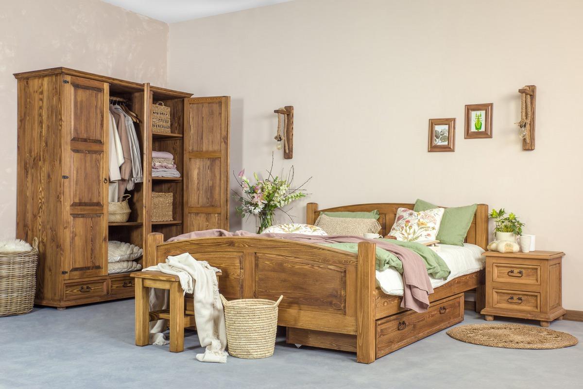 drewniane łóżko woskowane