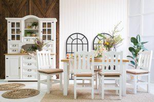 drewniane meble do jadalni w stylu rustykalnym