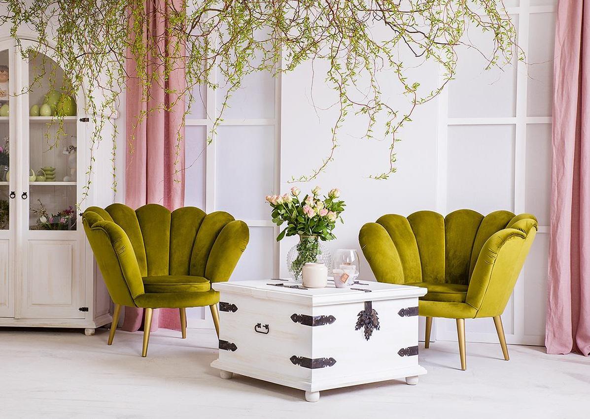 drewniana skrzynia stolik kawowy do salonu