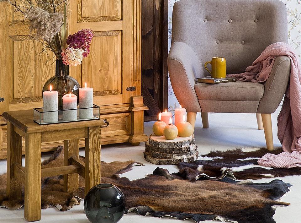 drewniana szafa w stylu rustykalnym