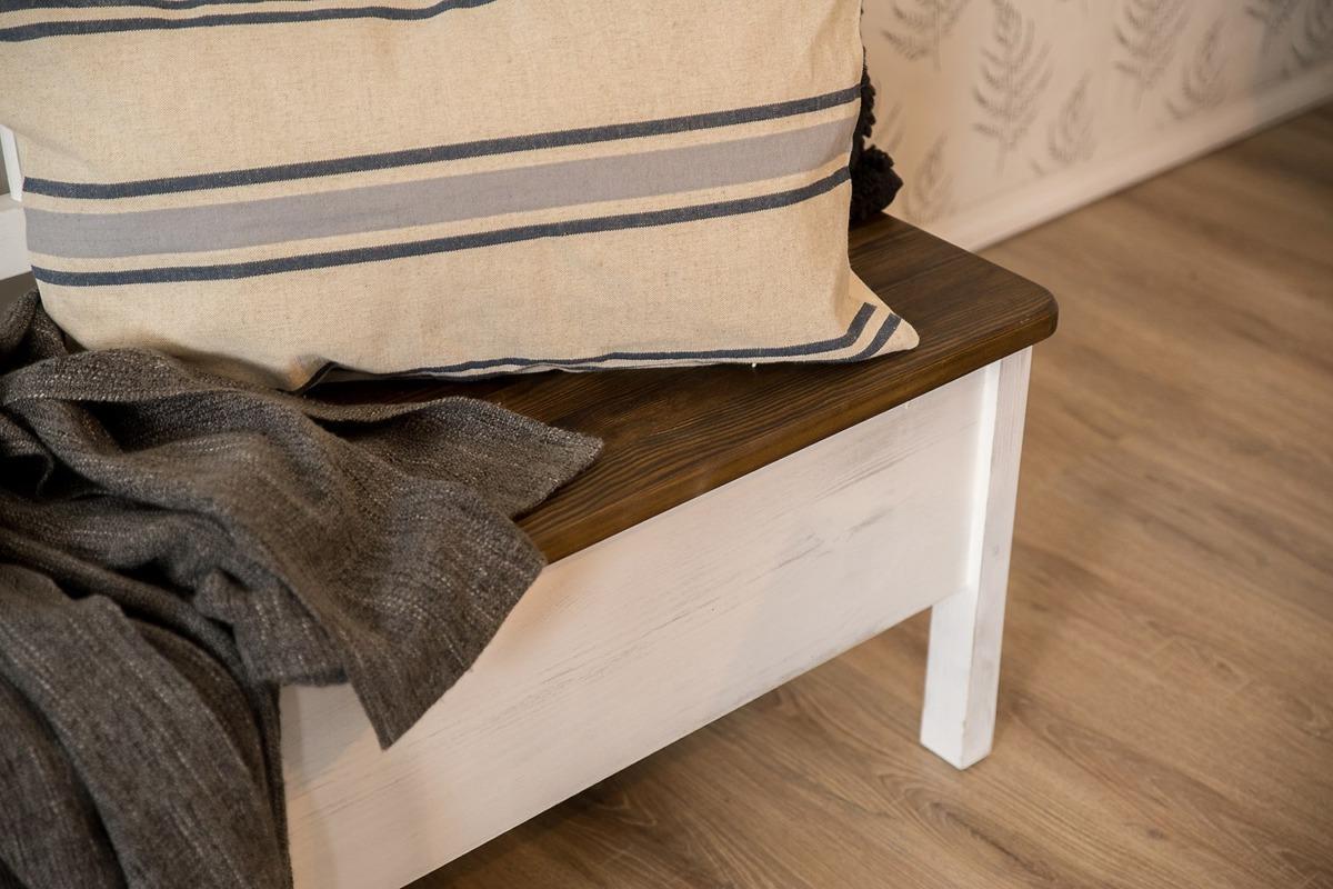 drewniana ławka skandynawska