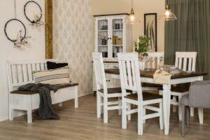 woskowana ławka z drewna do kuchni