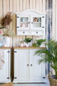 biała szafka wisząca kuchenna woskowana sosnowa