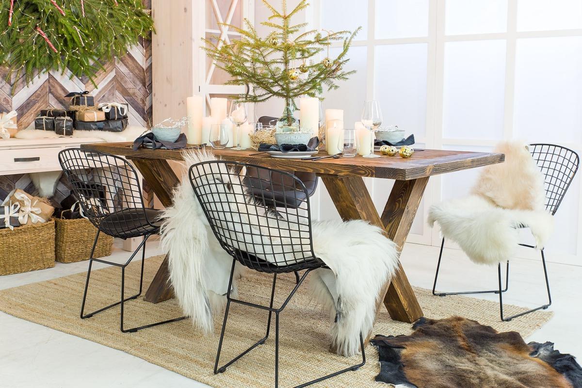 stół jadalniany drewniany woskowany