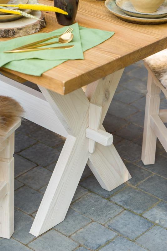 stół wiejski drewniany do kuchni