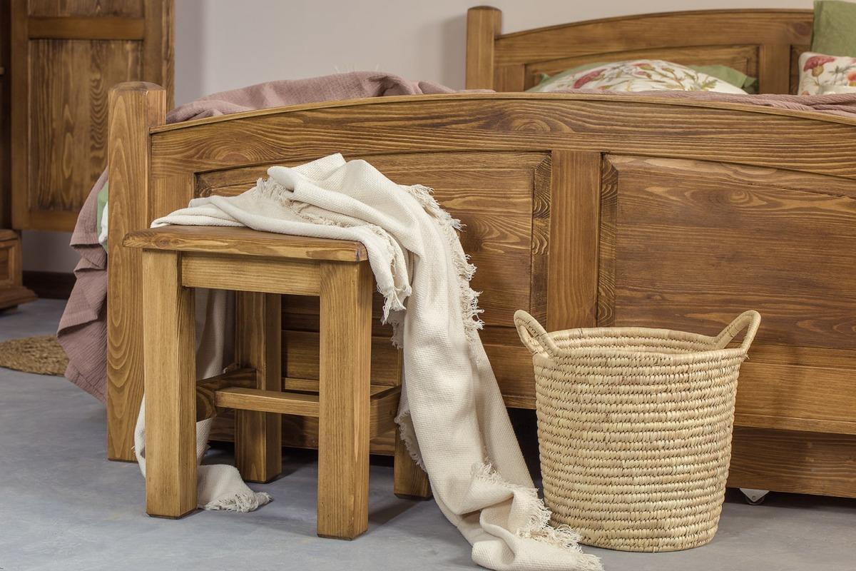 łóżka drewniane do sypialni wymiary