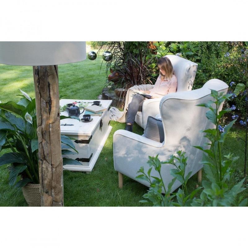 tapicerowany fotel uszak