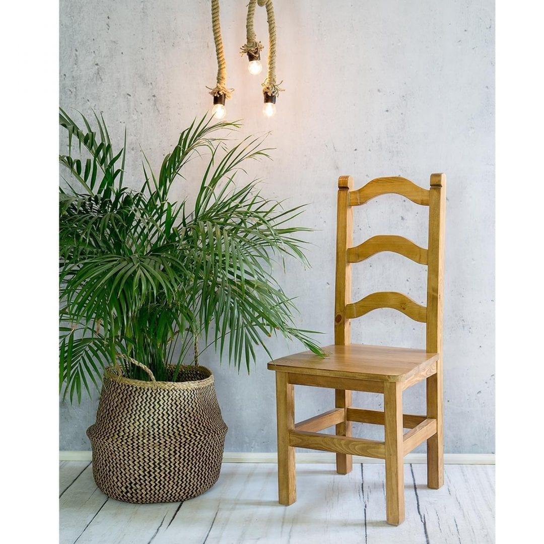 krzesło do kuchni z drewna litego